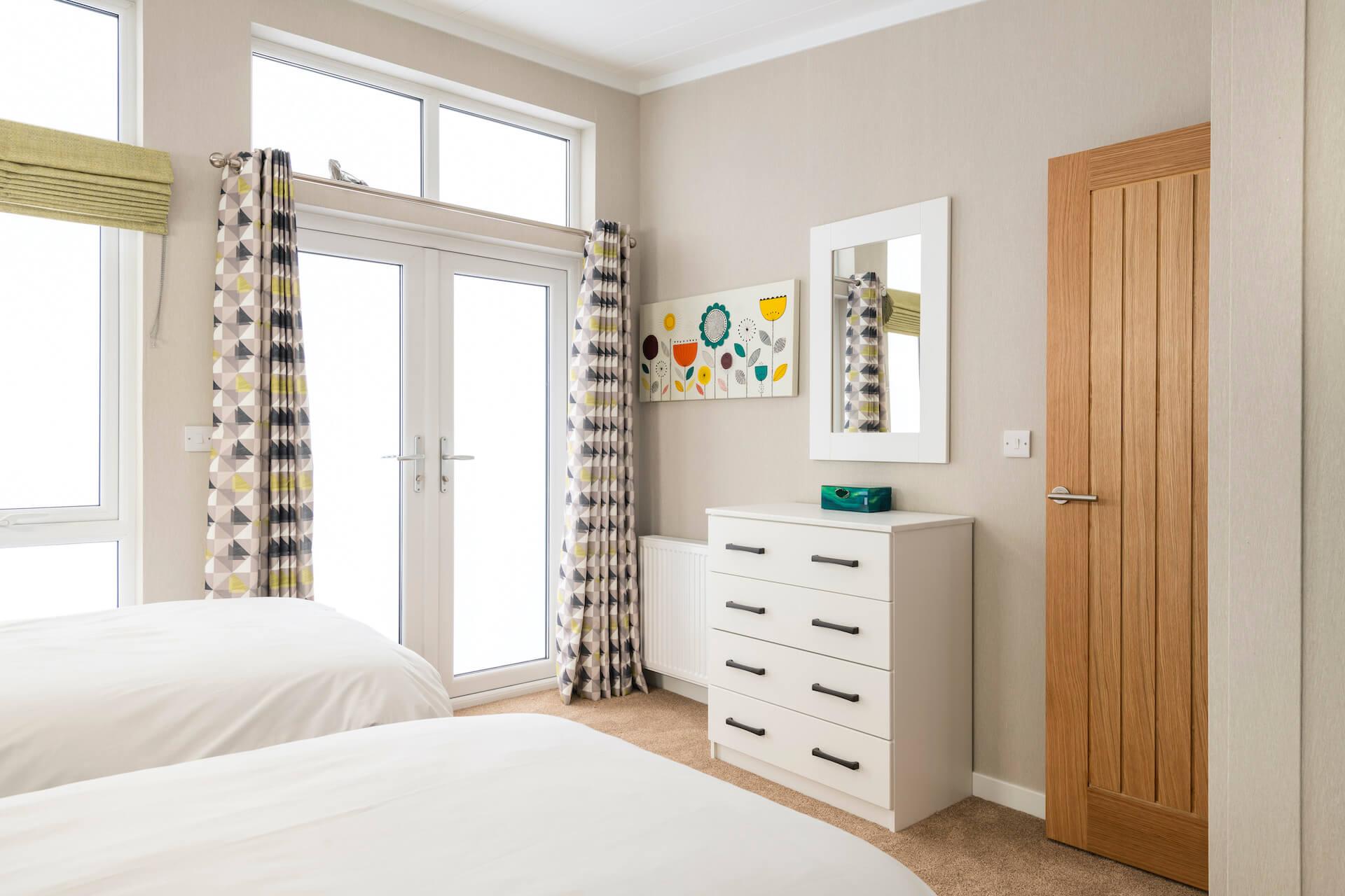 Omar-Atrium-Monopitch-Second-Bedroom
