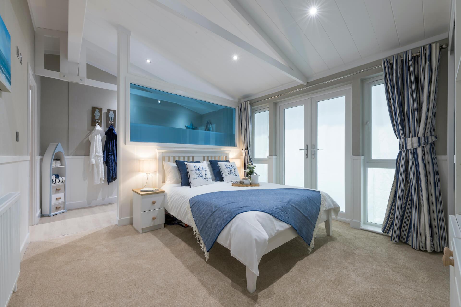 Summerhouse-Master-Bedroom-