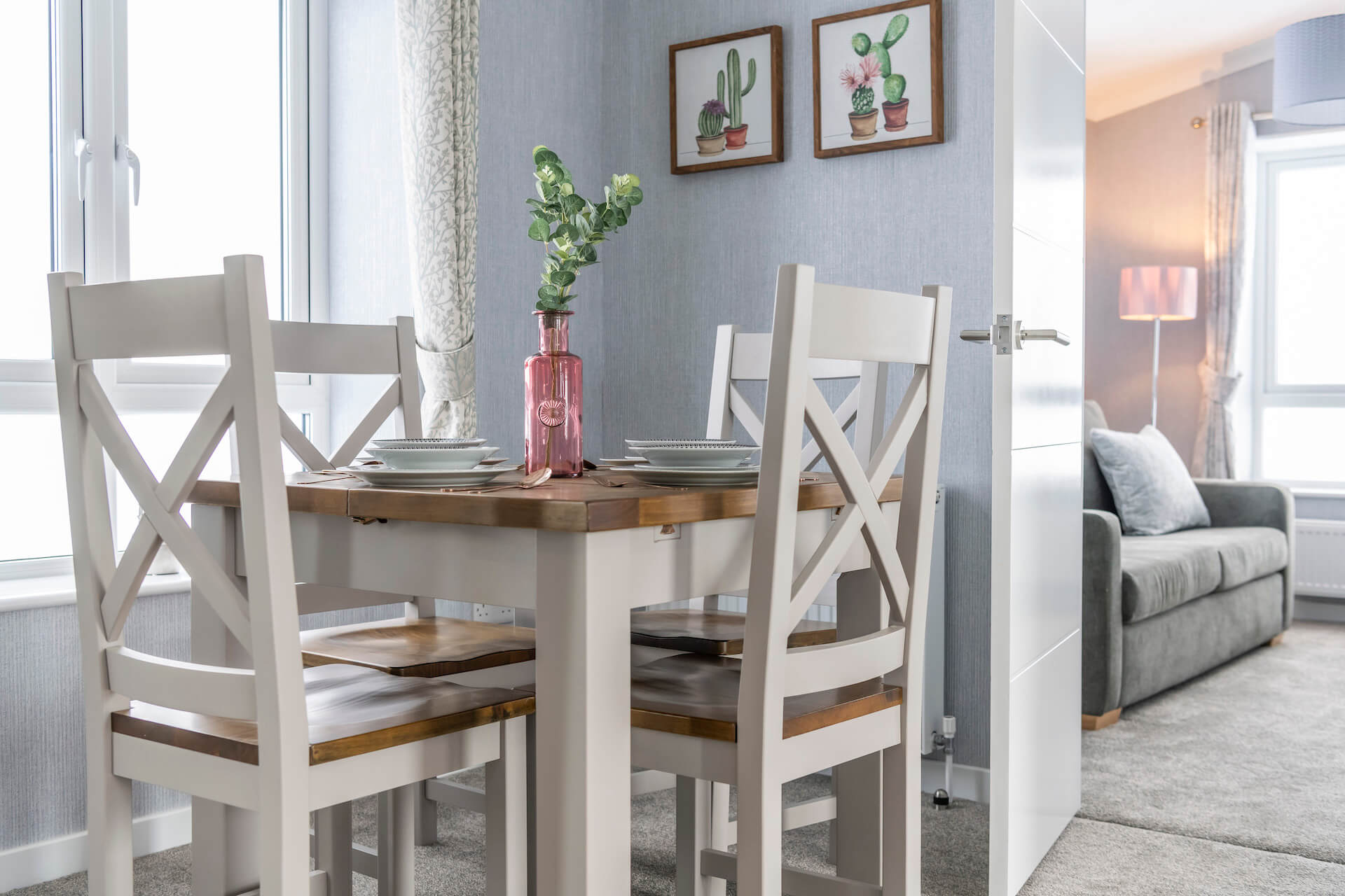 Omar-Image-park-Home-Dining-Area3
